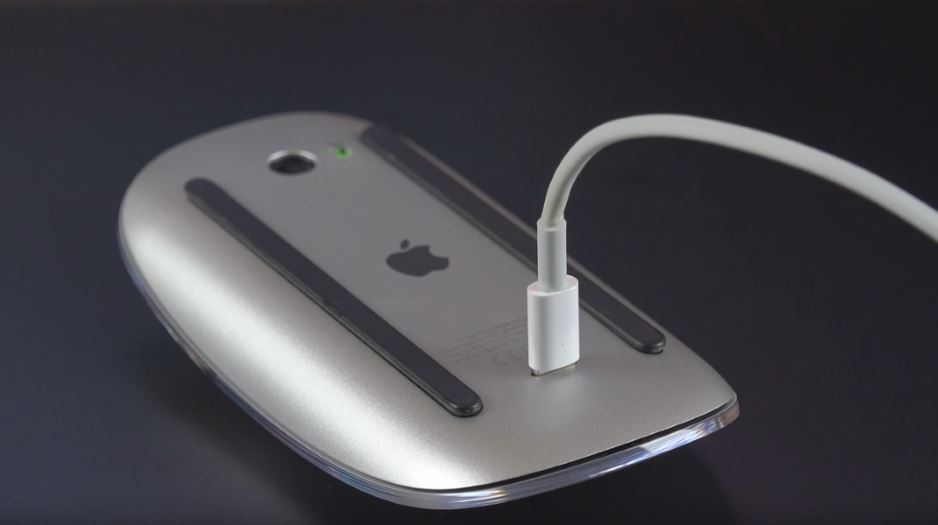 magic_mouse_2_charging