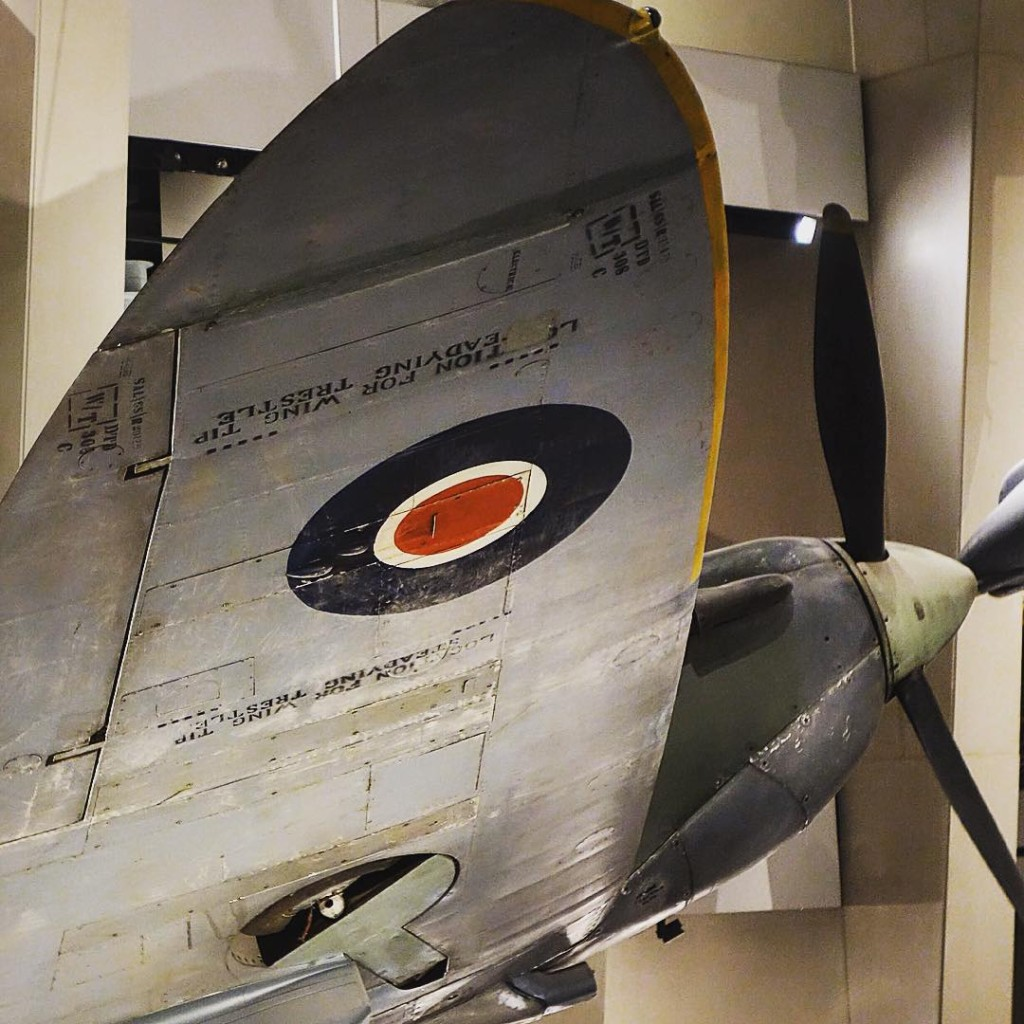 Those wings! Spitfire warbird IWM history London Londres ww2 wwiihellip